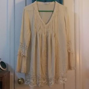 Adorable vintage 3/4 sleeve tunic
